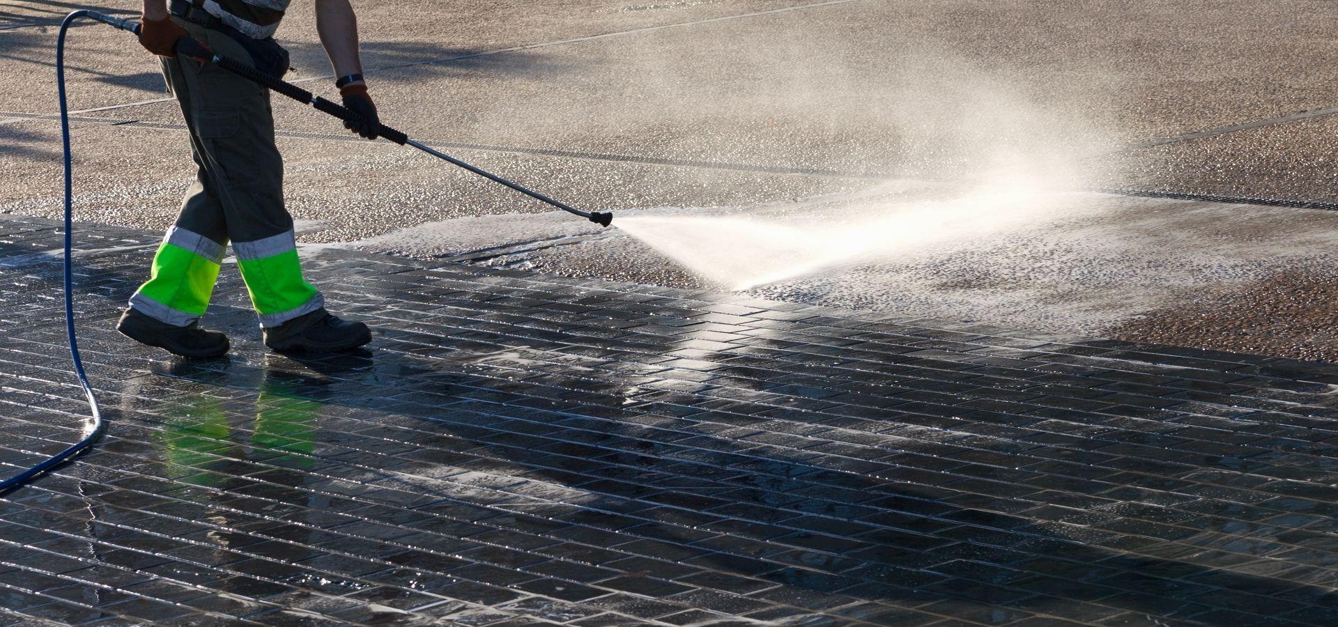 pressure washing services in glasgow