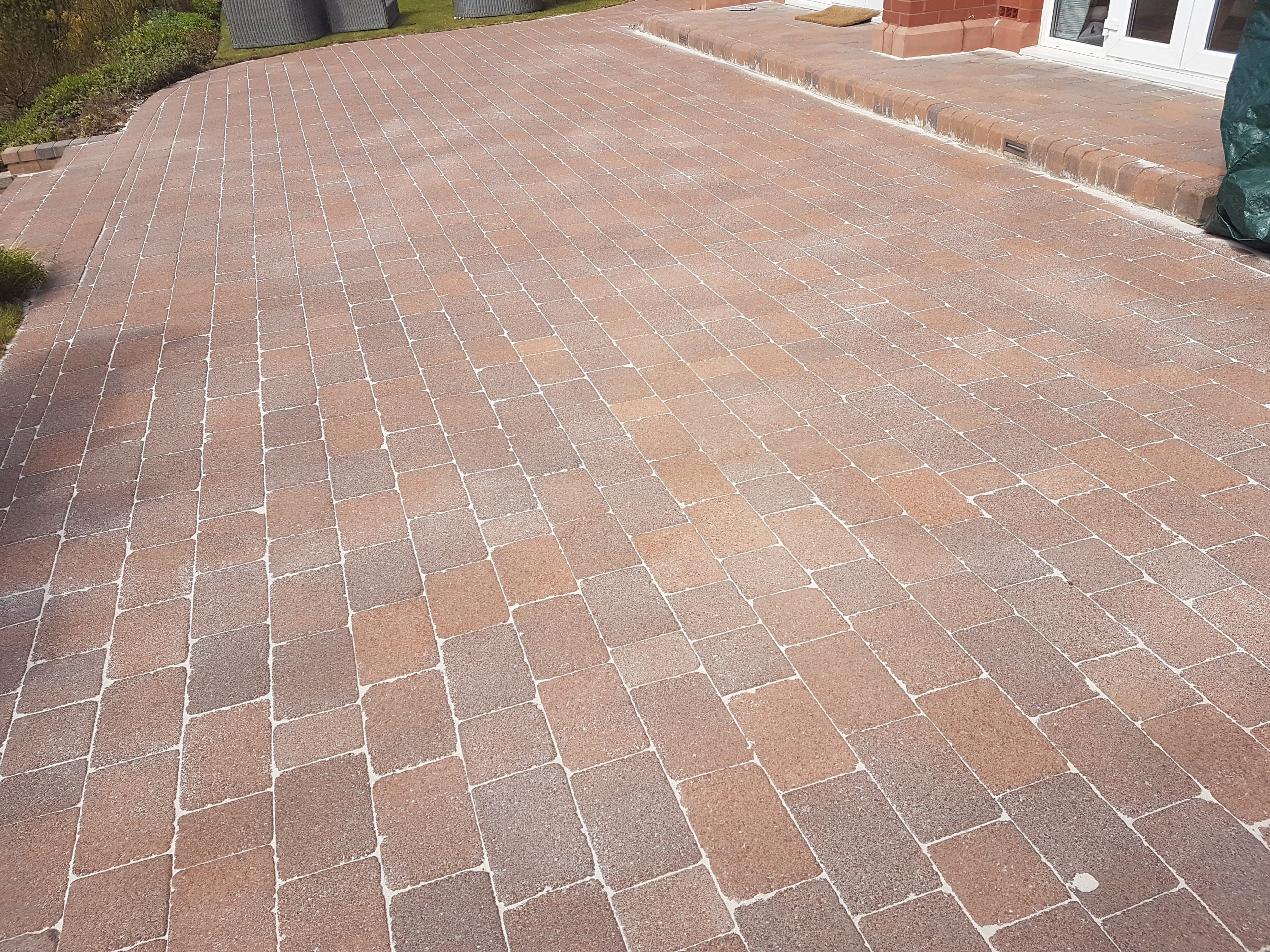 Driveway Cleaning in Glasgow
