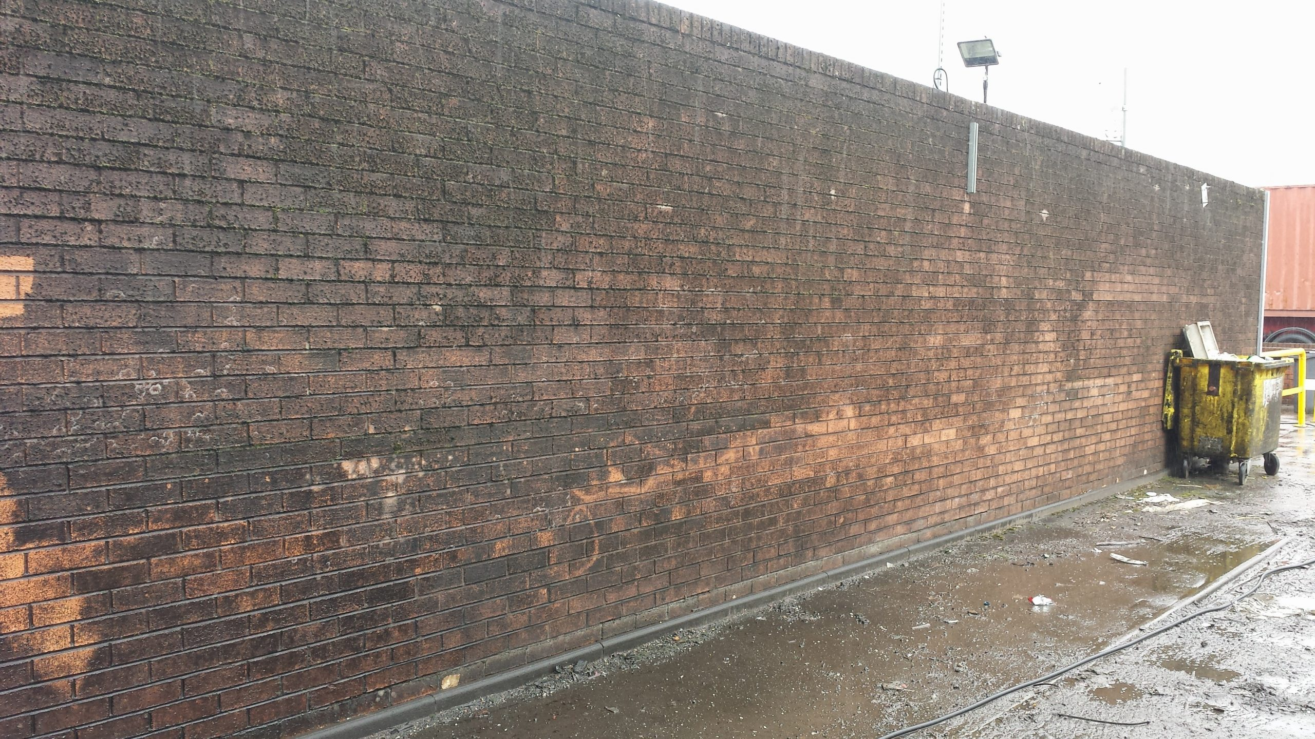 Brick cleaning Glasgow pressure wash wall glasgow