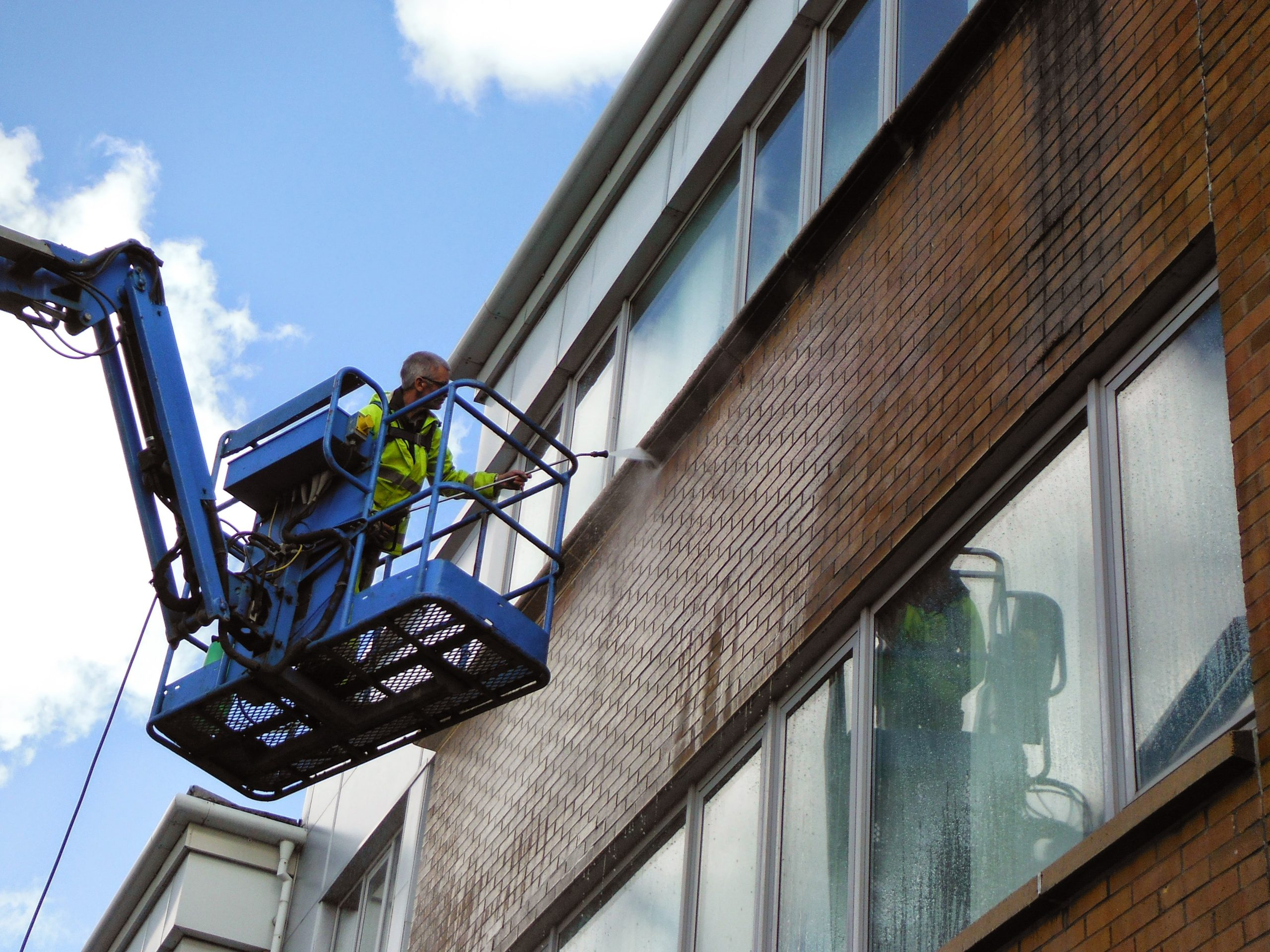 High level pressure washing Glasgow